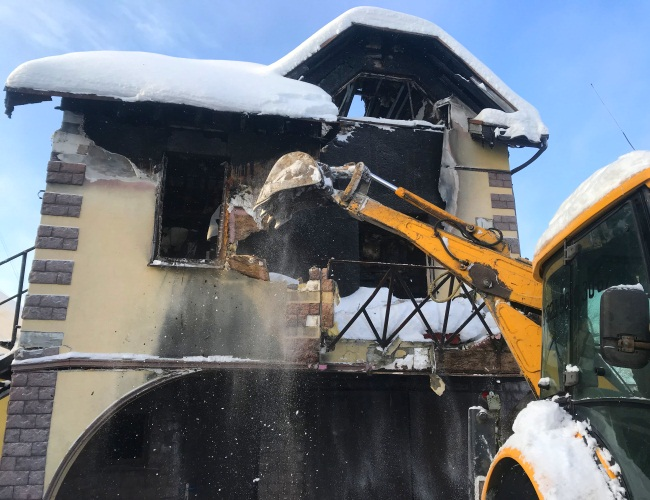 Разбор, снос и демонтаж сгоревших сооружений